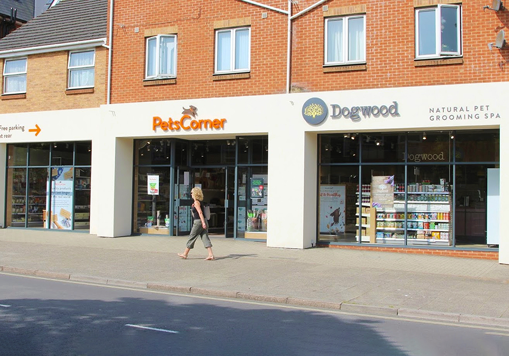 6 Reasons Why Now Is The Most Important Time to Support Your Local Independent Pet Shop